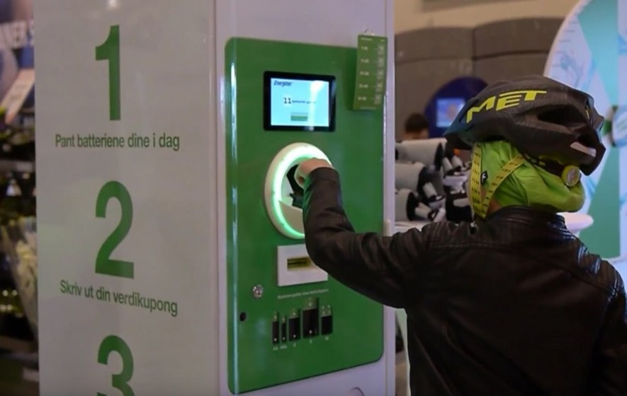 This company wants to tackle battery waste by paying people via 'reverse vending machines'