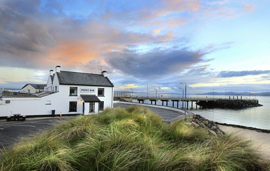 Eating Out: Dramatic headland's hostelry is honest, plain and simple