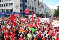 When Belfast city centre turned red to support the Irish language