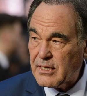 Oliver Stone to direct TV series about Guantanamo Bay