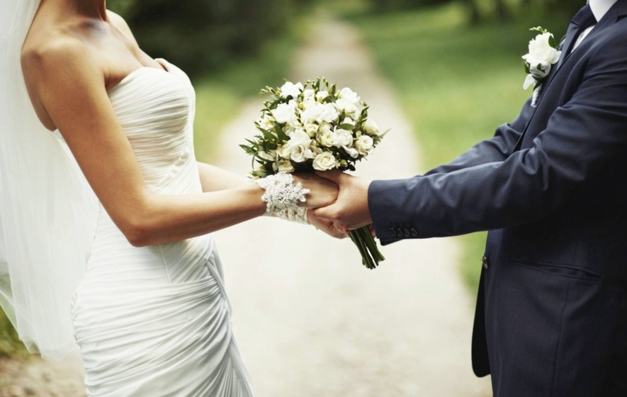 Anita Robinson: Why are weddings so terrible?