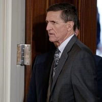 Ex-Trump adviser Michael Flynn set to admit lying to FBI