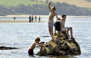Popular Co Donegal beach loses Blue Flag status