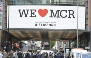 Manchester residents pull together to offer beds, blood and food in wake of attack