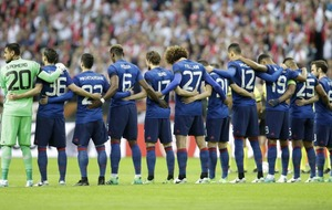 Watch as the minute's silence at the Europa League final turned into a minute's applause