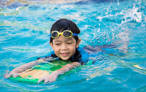 Free outdoor swimming lessons on offer at Groomsport