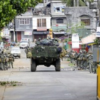 Marawi: Isis rampage in Philippines leaves 19 civilians dead