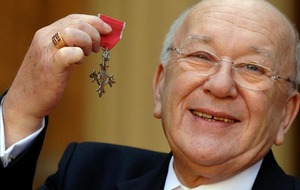 Coronation Street star Roy Barraclough dies at 81