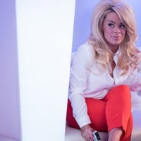 Hollyoaks: Grace seduces Warren at The Loft