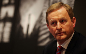 Enda Kenny pledges 'full support' to new taoiseach as voting ends
