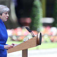 Theresa May to form new government with support of 'friends and allies' in the DUP