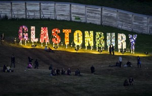 EE's official Glastonbury app is back to help you plan your festival