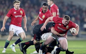 Conor Murray hails pack as Lions bare their teeth