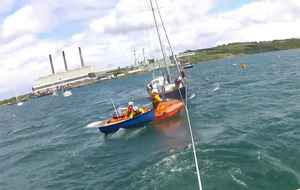 Video: RNLI rescue after yacht's engine fails