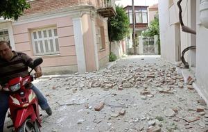 6.2 magnitude eartquake shakes western Turkey and Greek island