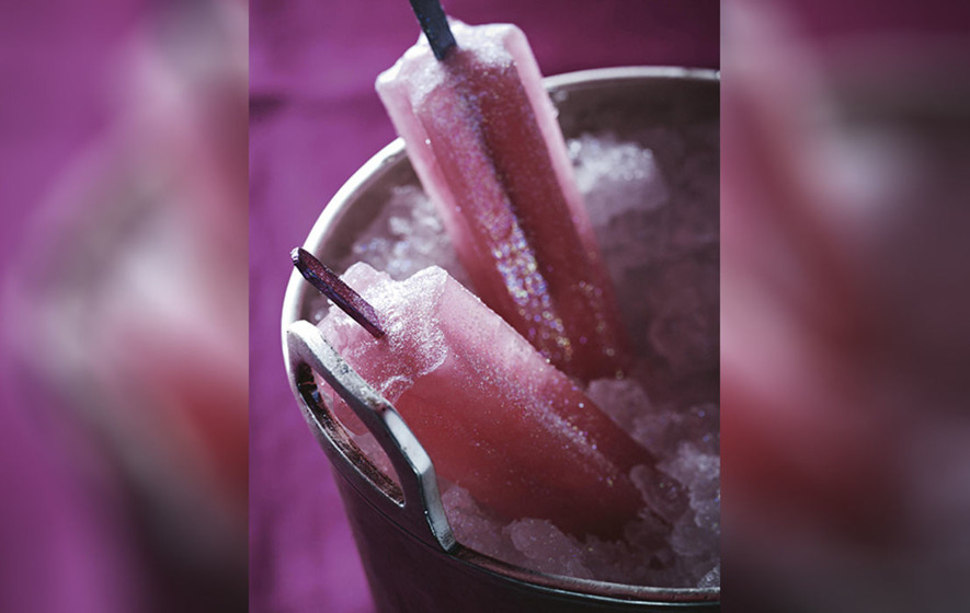 Cooling down with alcoholic lollies could put drivers over limit, police warn
