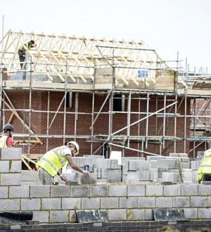 Builder goes south to win new work