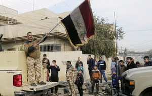 Iraqi troops advance into last Islamic State stronghold in Mosul