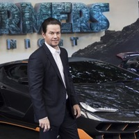 Mark Wahlberg hails UK's 'strength and resiliency' at Transformers premiere