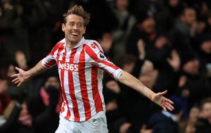 This Peter Crouch holiday tweet shows he's the Premier League's funniest footballer