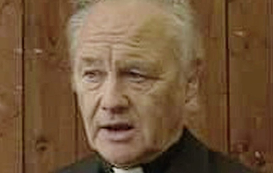 Priest promises parishioners he will shorten sermons