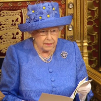 The Queen's hat resembled the EU flag, Twitter points out