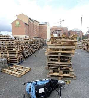 Sinn Féin: Ratepayers should sue Belfast council for bonfire pallets storage