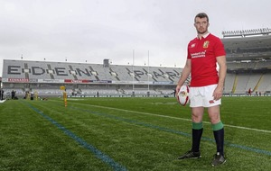 Rob Howley hails Peter O'Mahony's quiet leadership