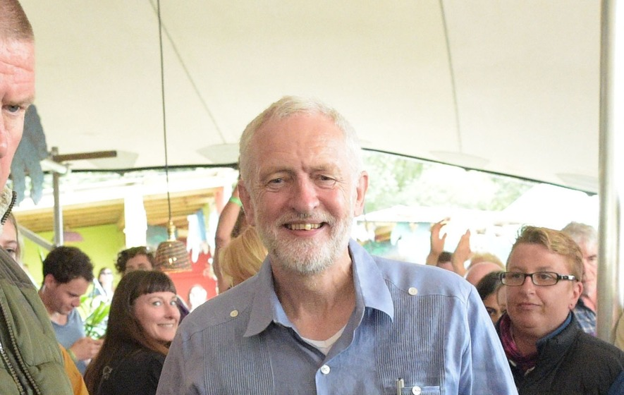 Jeremy Corbyn the toast of Glastonbury after surprise bar visit