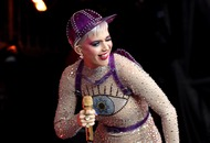 Katy Perry joins crowd at Glastonbury