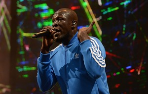 Stormzy marks Grenfell tragedy in Glastonbury set