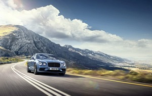 Bentley Flying Spur V8 S: The Last Night of the Proms, remastered by Kraftwerk