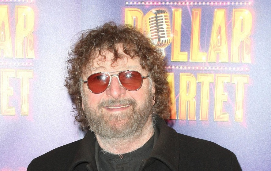Chas Hodges 'raring to go' after cancer battle