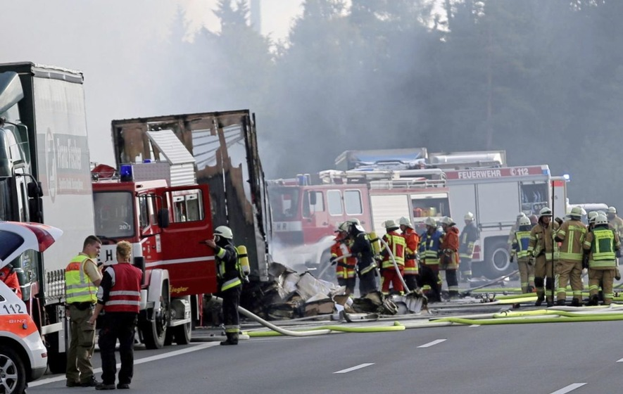Passengers feared dead after bus crash in Germany