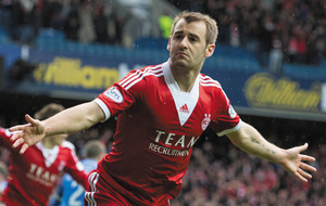 Former Celtic and Aberdeen star Niall McGinn joins South Korean side Gwangju