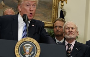 Buzz Aldrin's facial expressions while listening to Donald Trump speak about space are incredible
