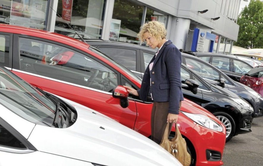 New car sales reverse again as showrooms gear up for torrid second half