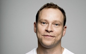 Get your tickets: An Evening With Robert Webb