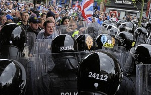 Loyalists plan Belfast city centre parade at same time as anti-internment march