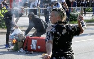Second day of violent clashes at G20 summit in Hamburg