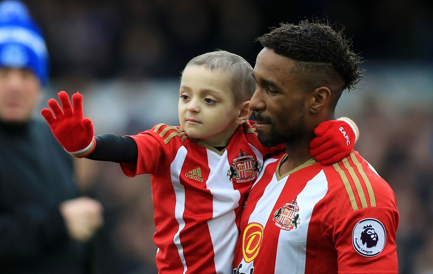 Tributes flood in as Bradley Lowery loses cancer fight