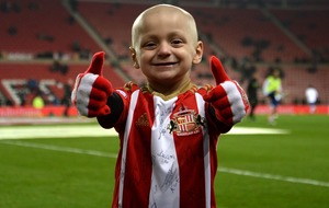 See the moving minute's applause for Bradley Lowery at the Sunderland match