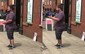 This amazing singer stopped everyone in their tracks while busking in Lichfield