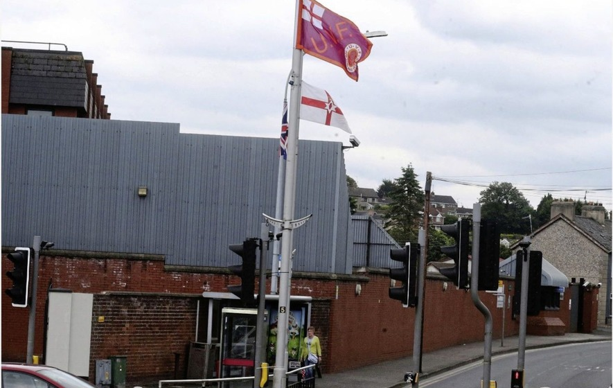 Sinn Féin councillor accuses police of 'washing their hands' of complaints about UVF flag