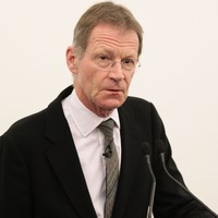Two-way flow of talent is crucial to UK arts, Sir Nicholas Serota warns