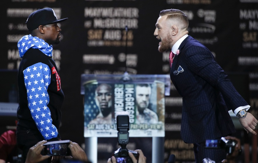Floyd Mayweather and Conor McGregor bring trash talk to Toronto
