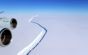 One of the largest recorded icebergs has just broken away from Antarctica ice shelf