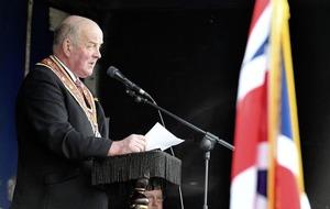 Leading Orangemen call on unionists to reject Irish language act