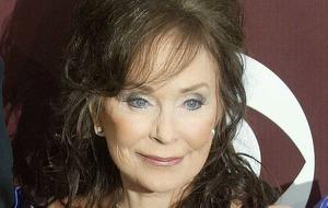 Loretta Lynn postpones album as she recovers from stroke