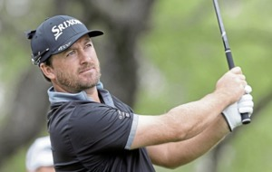 Graeme McDowell loses clubs ahead of Open qualifying